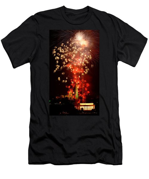 Usa, Washington Dc, Fireworks Men's T-Shirt (Slim Fit) by Panoramic Images