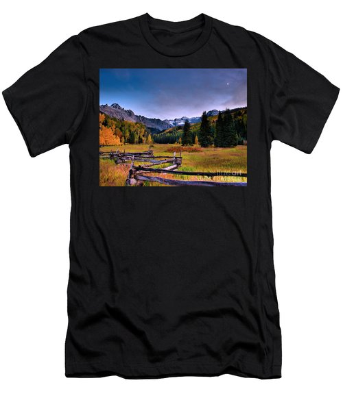 Valley Of Mt Sneffels Men's T-Shirt (Athletic Fit)
