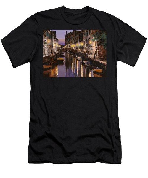 Venezia Al Crepuscolo Men's T-Shirt (Athletic Fit)
