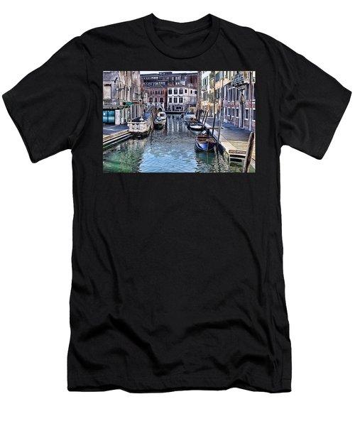 Venice Italy Iv Men's T-Shirt (Athletic Fit)