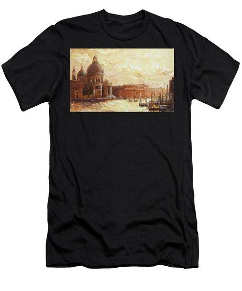 Venice - Santa Maria Della Salute Men's T-Shirt (Athletic Fit)