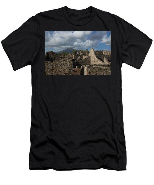 Vesuvius Towering Over The Pompeii Ruins Men's T-Shirt (Athletic Fit)