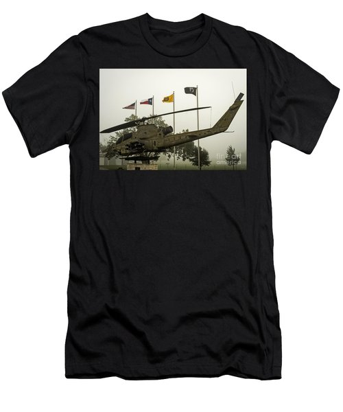 Vietnam War Memorial Men's T-Shirt (Athletic Fit)
