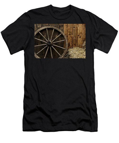 Vintage Carriage Wheel Men's T-Shirt (Athletic Fit)
