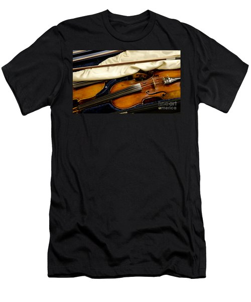 Vintage Fiddle In The Case Men's T-Shirt (Slim Fit) by Wilma  Birdwell