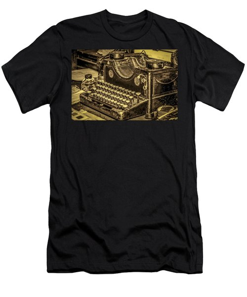 Vintage Typewriter Men's T-Shirt (Athletic Fit)