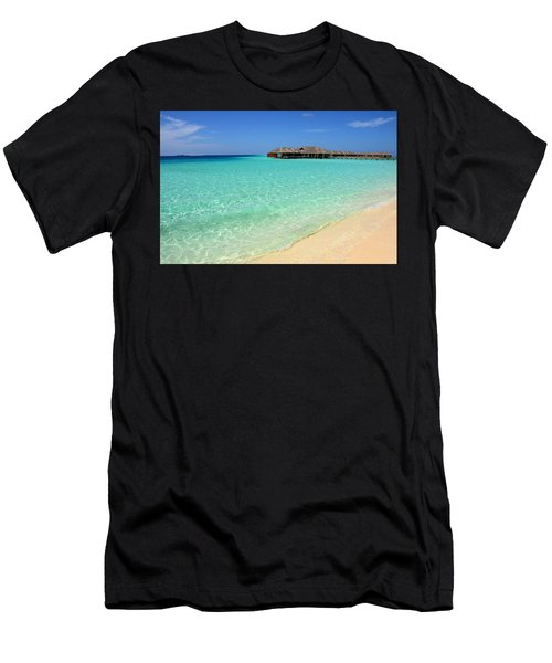 Warm Welcoming. Maldives Men's T-Shirt (Athletic Fit)
