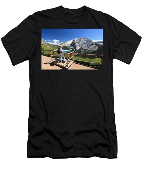 watching Marmolada mount Men's T-Shirt (Athletic Fit)
