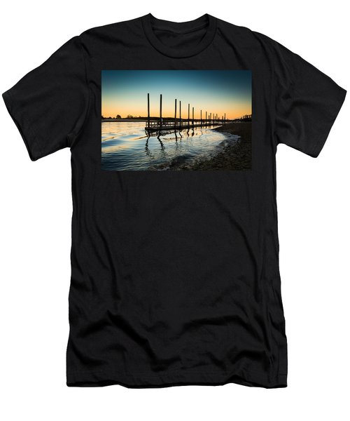 Wavy Sunset Kings Park New York Men's T-Shirt (Athletic Fit)