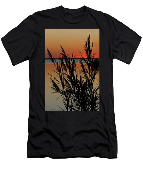 Whalehead Sunset Obx II Men's T-Shirt (Athletic Fit)