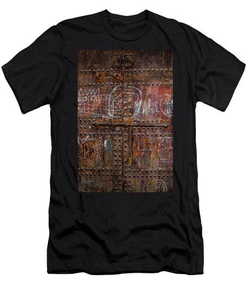 Marrakech Door Men's T-Shirt (Athletic Fit)