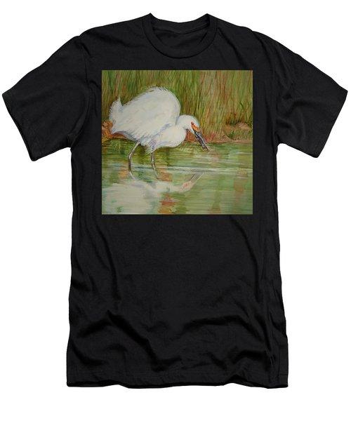 White Egret Wading  Men's T-Shirt (Athletic Fit)