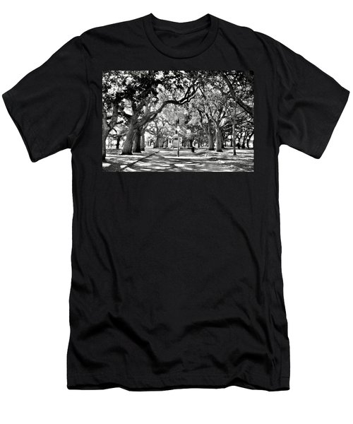 White Point Gardens At Battery Park Charleston Sc Black And White Men's T-Shirt (Athletic Fit)