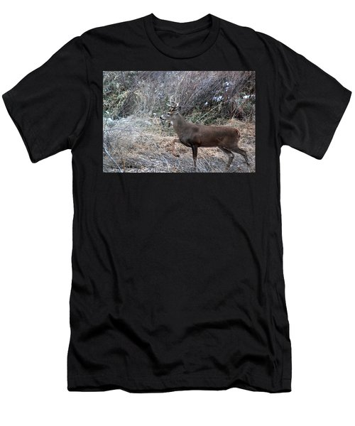 Whitetail Stance Men's T-Shirt (Athletic Fit)