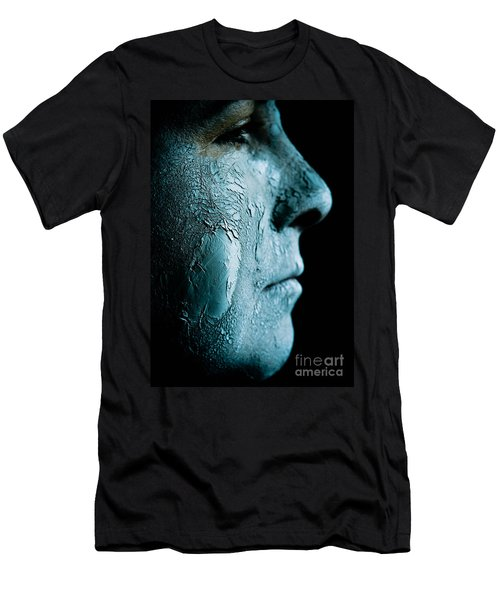 Woman Wearing A Green Mud Mask Men's T-Shirt (Athletic Fit)