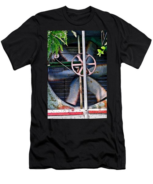 Working Old Fan Men's T-Shirt (Athletic Fit)