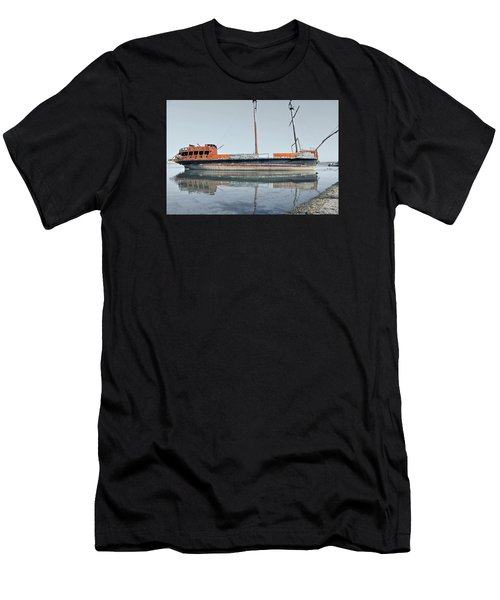 Wreck Reflection Men's T-Shirt (Athletic Fit)