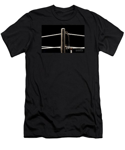 Wwe Ringside Men's T-Shirt (Athletic Fit)