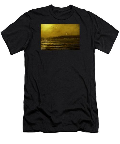 Yaquina Head Lighthouse Newport Oregon Men's T-Shirt (Athletic Fit)