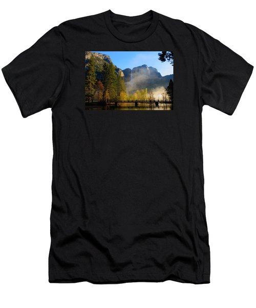 Yosemite River Mist Men's T-Shirt (Slim Fit) by Duncan Selby