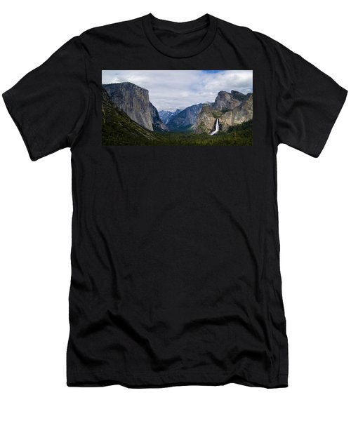 Yosemite Valley Panoramic Men's T-Shirt (Athletic Fit)