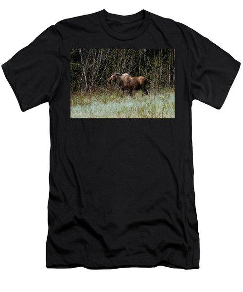 Men's T-Shirt (Slim Fit) featuring the photograph Feeding Along by Doug Lloyd