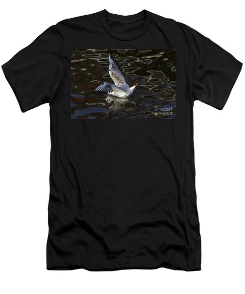 Head Under Water Men's T-Shirt (Athletic Fit)
