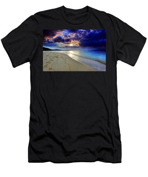 Port Stephens Sunset Men's T-Shirt (Slim Fit) by Paul Svensen