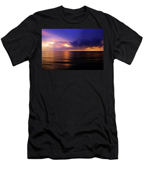 A Drop In The Ocean Men's T-Shirt (Slim Fit) by Melanie Moraga