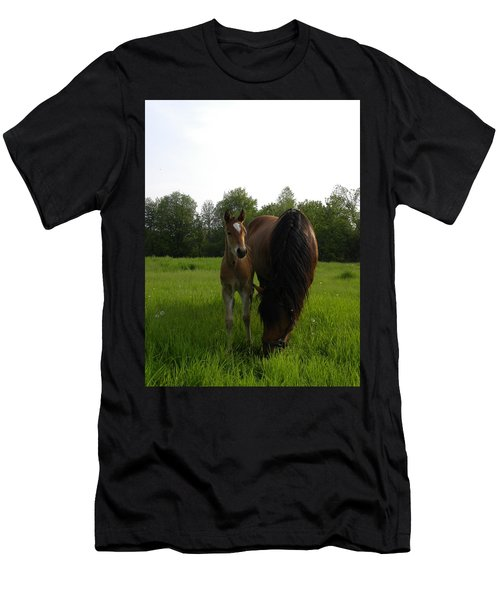 Babe With Mom Men's T-Shirt (Athletic Fit)