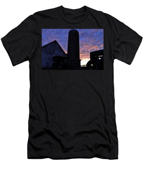 Barnyard Sunrise IIi Men's T-Shirt (Athletic Fit)