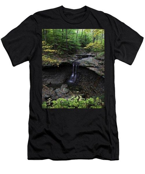 Blue Hen Falls Men's T-Shirt (Athletic Fit)