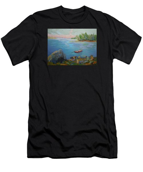 Boat And Bay Men's T-Shirt (Athletic Fit)