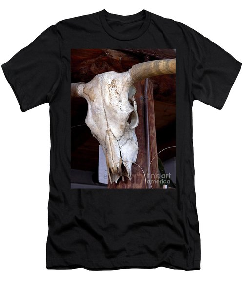 Bull Skull Men's T-Shirt (Athletic Fit)