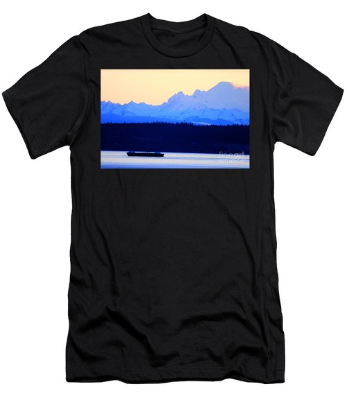 Washington Puget Sound Cascade Waterway Men's T-Shirt (Athletic Fit)