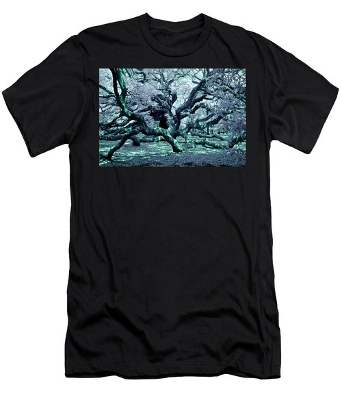 Charleston's Angel Oak Men's T-Shirt (Athletic Fit)