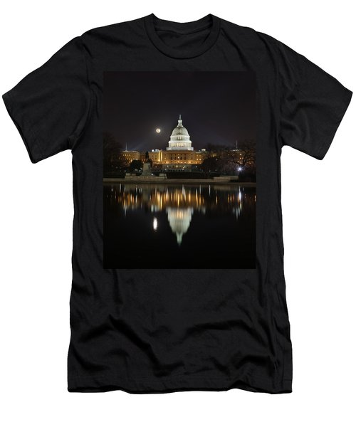 Digital Liquid - Full Moon At The Us Capitol Men's T-Shirt (Athletic Fit)