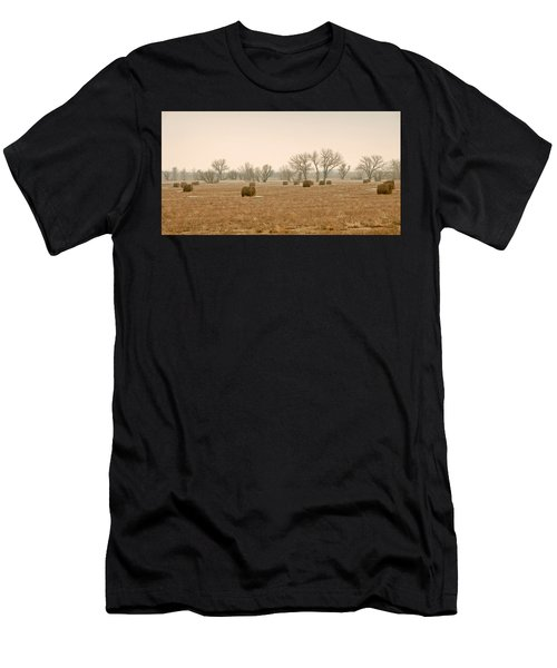 Earlying Morning Hay Bails Men's T-Shirt (Athletic Fit)