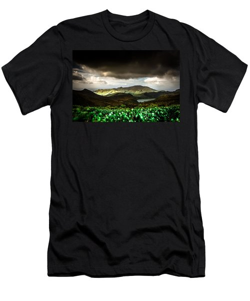 Flores Island - Azores Men's T-Shirt (Athletic Fit)