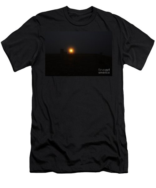 Fog In San Salvador Men's T-Shirt (Athletic Fit)