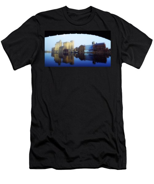 Grand Canal, Dublin, Co Dublin, Ireland Men's T-Shirt (Athletic Fit)