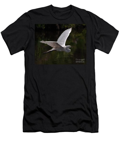 Great Egret Flying Men's T-Shirt (Athletic Fit)