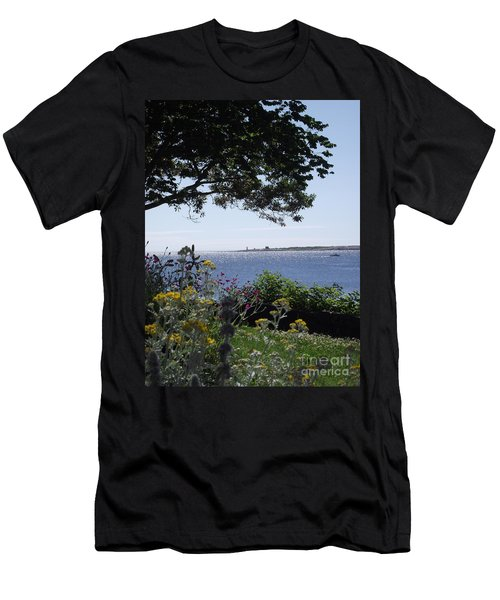 Hillside Beauty Men's T-Shirt (Athletic Fit)