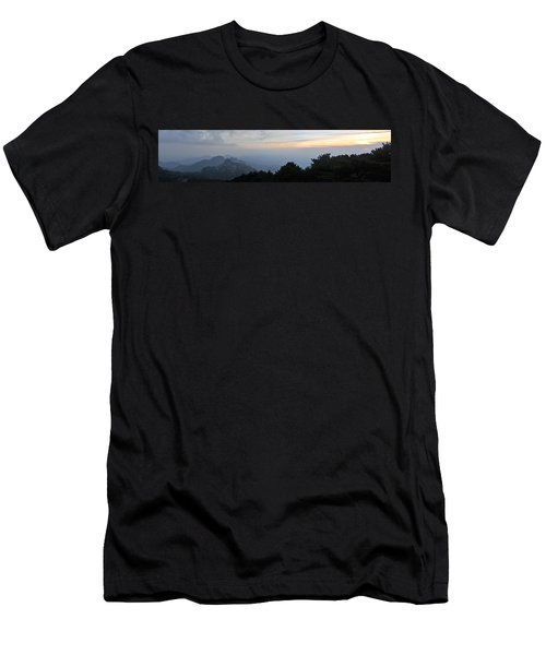 Huangshan Panorama 6 Men's T-Shirt (Athletic Fit)