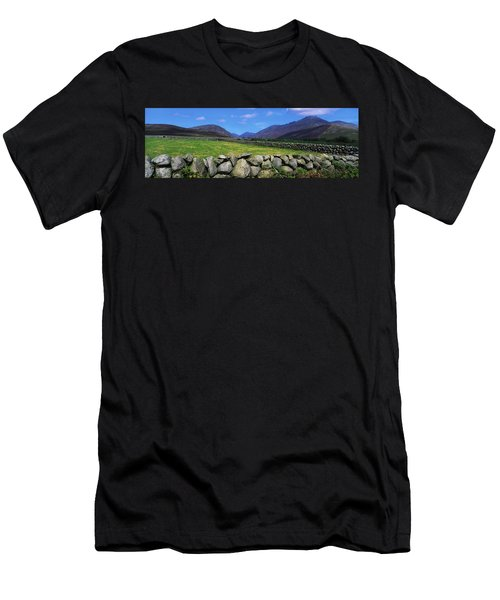 Irish Snow Scenes, Co Wicklow Men's T-Shirt (Athletic Fit)