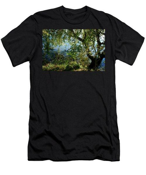Lakeside Tree Men's T-Shirt (Athletic Fit)