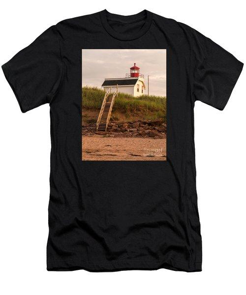 Lighhouse Cousins Shore Pei Men's T-Shirt (Athletic Fit)
