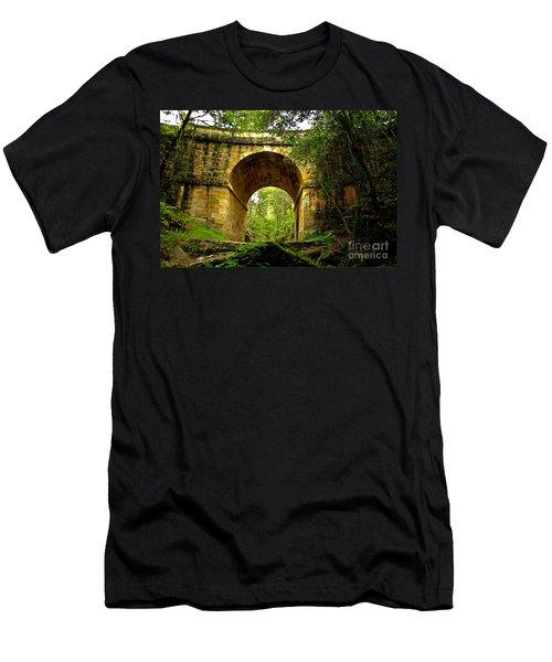 Mitchells Pass Bridge Lapstone A Convict Built Bridge Men's T-Shirt (Athletic Fit)