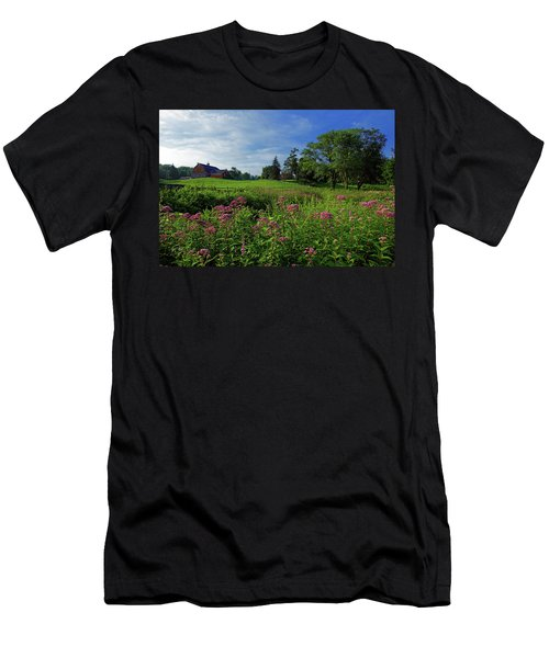 Morning On The Farm Men's T-Shirt (Athletic Fit)