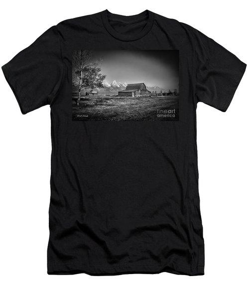 Moulton Barn Bw Men's T-Shirt (Athletic Fit)